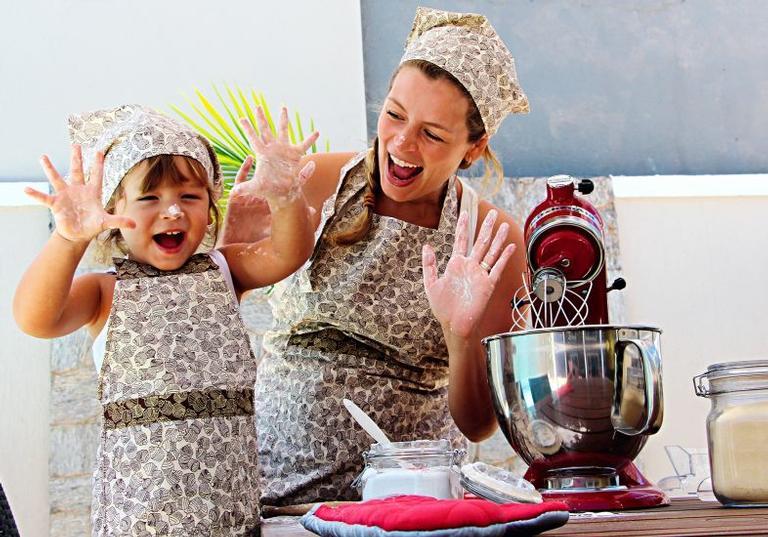 Bianca Castanho faz questão de ser mãe à moda antiga