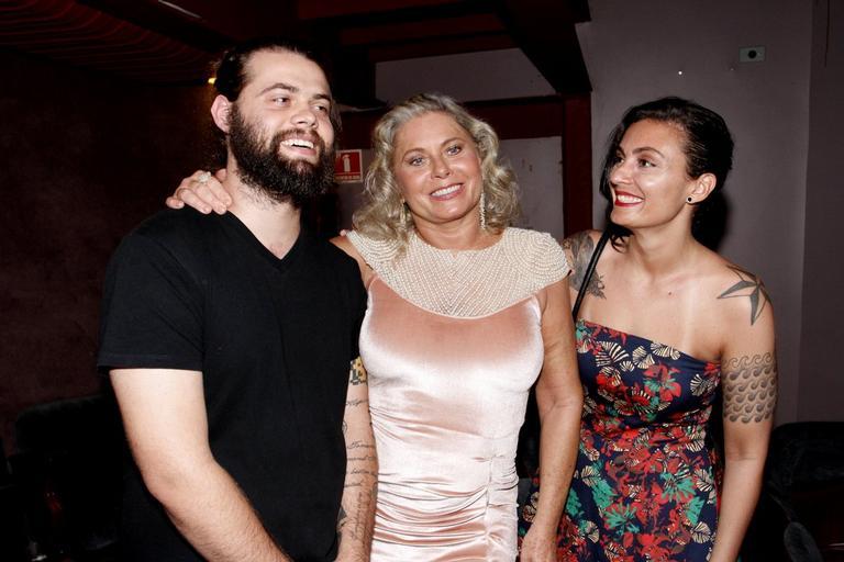 Vera Fischer e os filhos, Gabriel e Rafaela