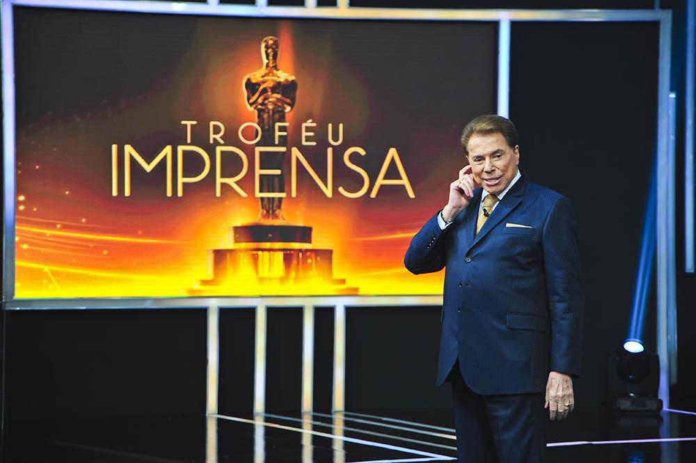 Silvio Santos apresenta o Troféu Imprensa em 2016 e premia os melhores do ano de 2015 na TV