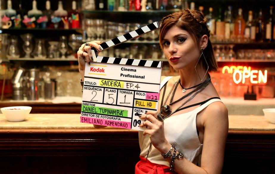 Julianne Trevisol é protagonista de websérie
