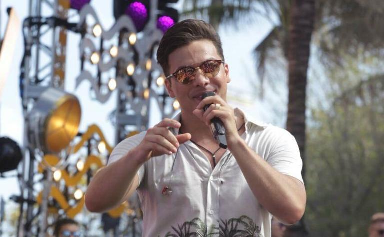 No sábado (15), Wesley Safadão atraiu um público de aproximadamente duas mil pessoas entre brasileiros e americanos na gravação de seu quinto DVD