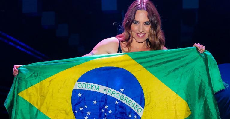 A cantora britânica animou o público ao cantar sucessos do passado e algumas músicas de seu repertório solo