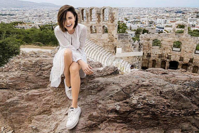 Em sua primeira visita à Grécia, Fernanda Vasconcellos conta o que mais a encantou no berço da civilização e revela não se preocupar mais com seu peso ou sua aparência