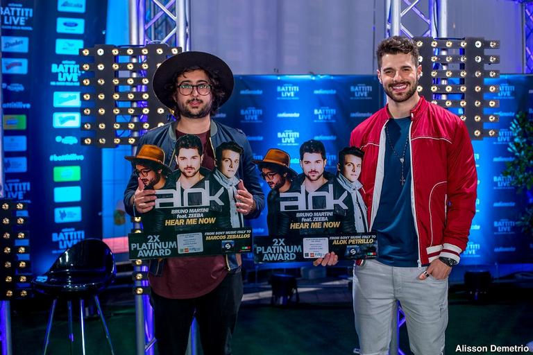 Zeeba recebe prêmio na Europa