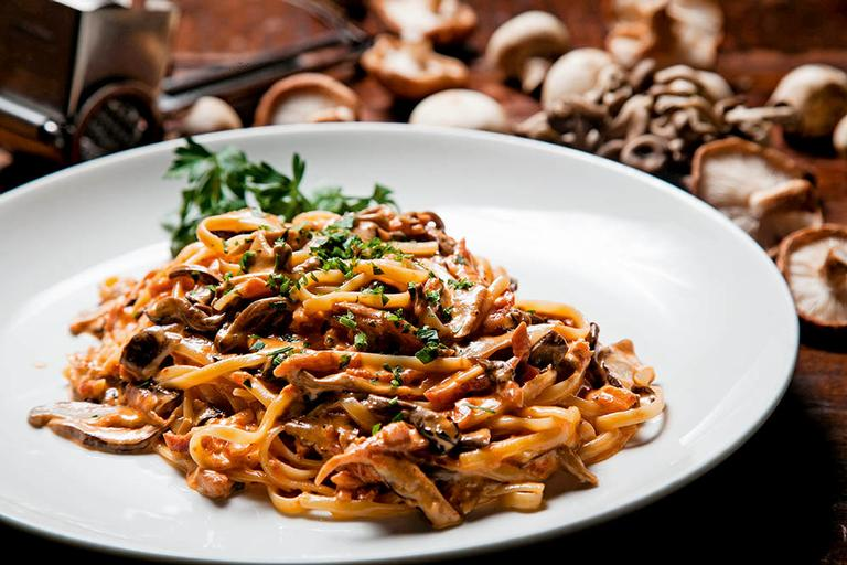 Receita com toque do chef: Linguine alla Boscaiola