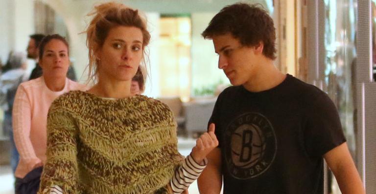 Carolina Dieckmann e o filho mais velho, Davi