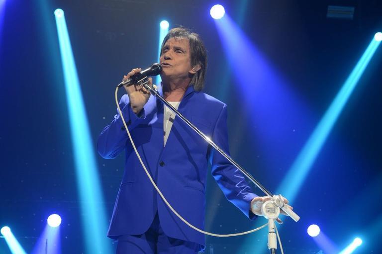 Em São Paulo, o Rei lotou o Espaço das Américas e fez uma multidão de mulheres chorar com seus clássicos hits