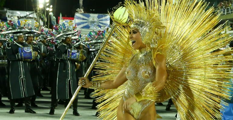 Sabrina Sato no desfile da Vila Isabel