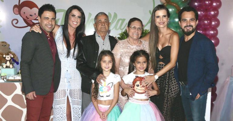 Isabella e Helena comemoraram 8 anos em um festão na capital paulista