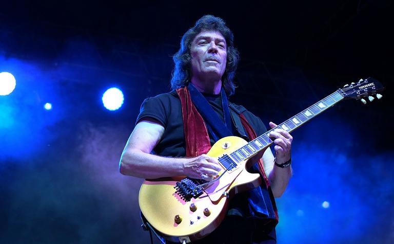 Steve Hackett, ex-guitarrista do Genesis, vem ao Brasil para vários shows