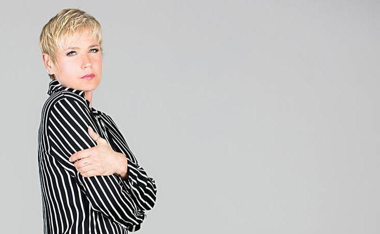 Colunista de CONTIGO!, a apresentadora reflete sobre os direitos femininos