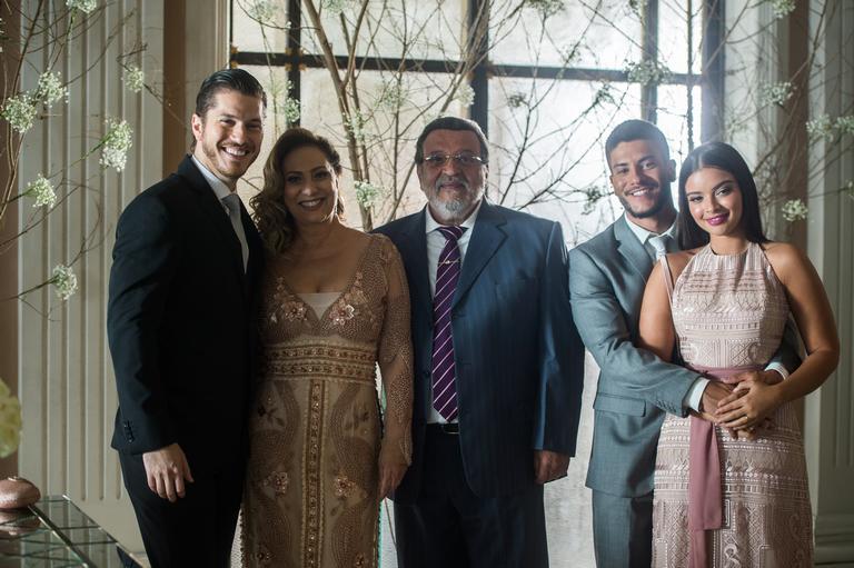 Emoções finais de O Outro Lado do Paraíso: O casamento de Raquel e Bruno