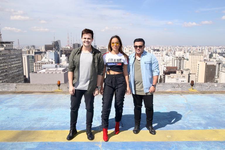 Anitta faz participação especial em nova música de Matheus & Kauan