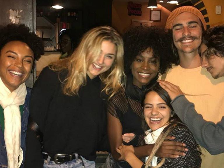 Dandara Albuquerque, Sasha Meneghel, Jeniffer Dias, Pally Siqueira, Cadu Libonati e Bruno Montaleone