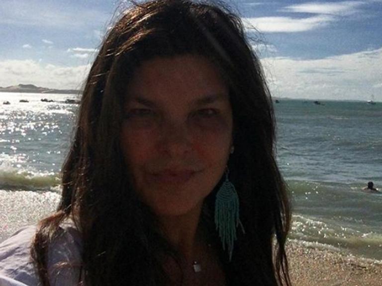 Aos 54 anos, Cristiana Oliveira assume novo amor