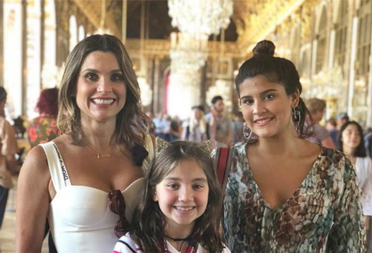 Flávia Alessandra, Olivia e Giulia Costa
