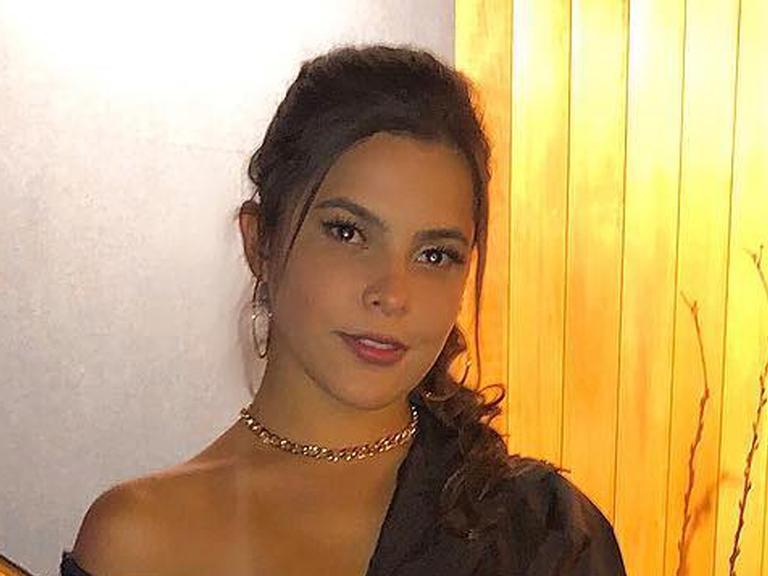 Milionária, Emilly Araújo é contratada por gravadora