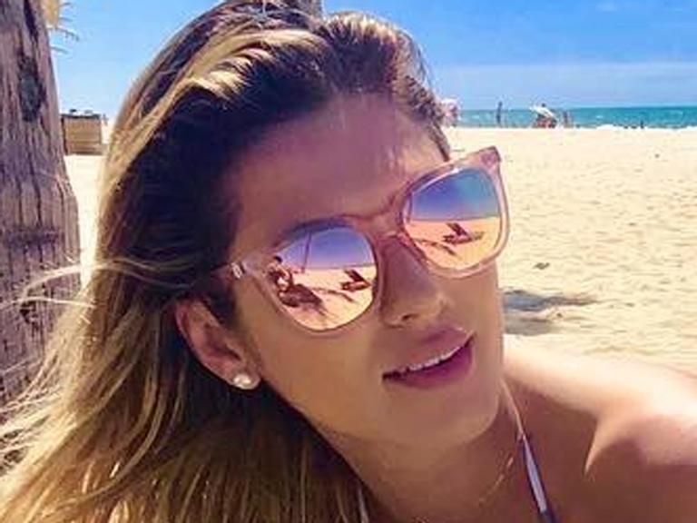Livia Andrade descansa em Fortaleza: 'Dias maravilhosos'