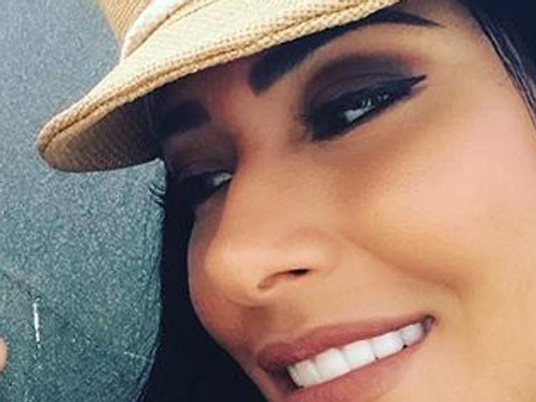 Simaria publica foto raríssima da filha: 'Princesinha'