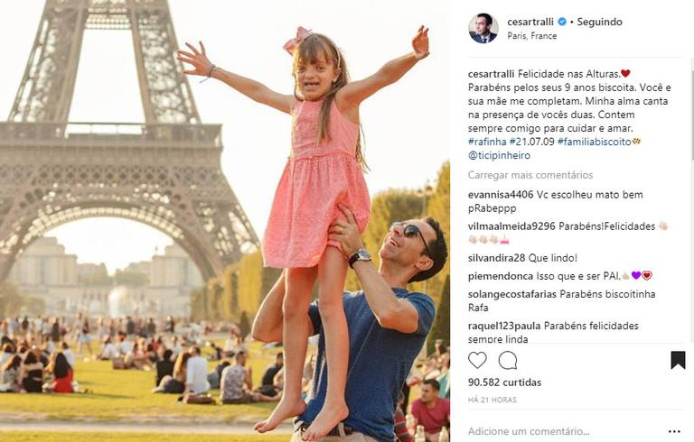 Você Me Completa E Todos Os Dias Enche Minha Vida De: Rafaella Justus Comemora Seu Aniversário Na França