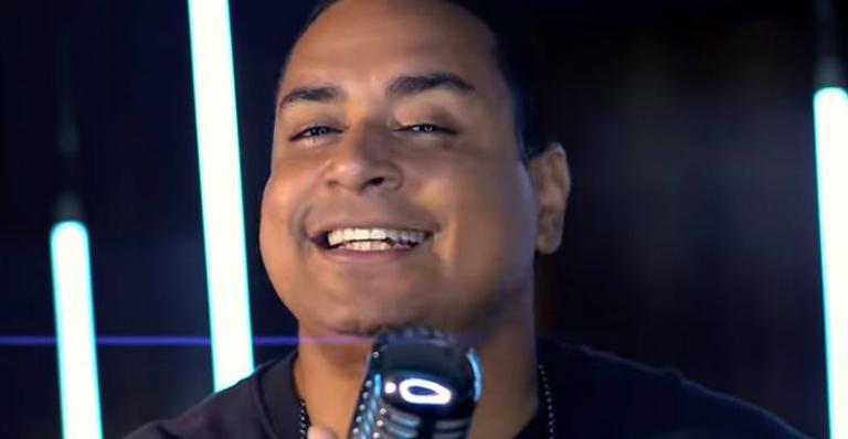 Grupo Harmonia do Samba lança novo sucesso nas redes