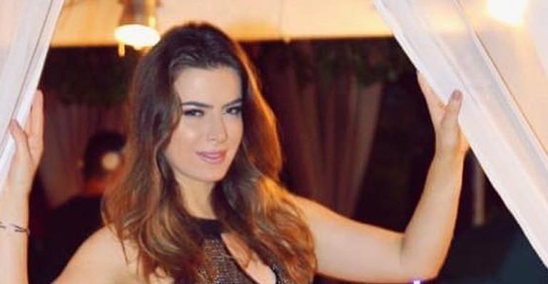 Rayanne Morais comemora chegada aos 30 anos e pede ''luz''