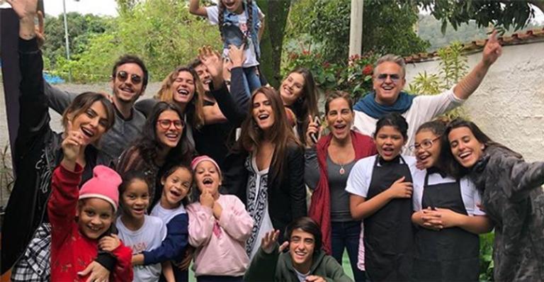 Antonia Morais comemora seu aniversário em ONG no Rio de Janeiro