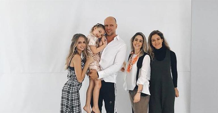 Fernando Scherer faz ensaio fotográfico com a filhas