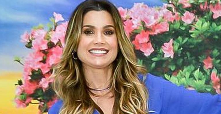 Flávia Alessandra festeja os 70 anos da mãe