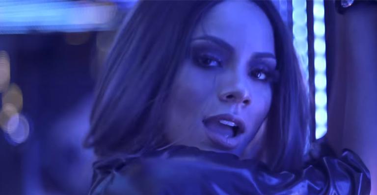 Após música ser elogiada até por Anitta, funkeira lançou clipe, mas não agradou