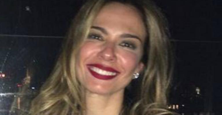 Luciana Gimenez compartilha conversa privada e resposta insinua traição