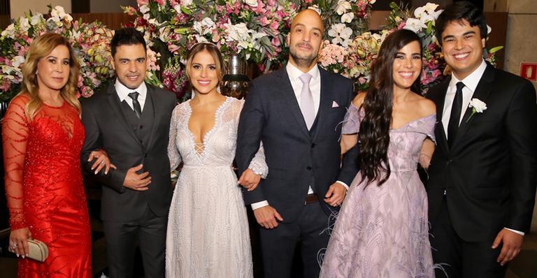 Camilla Camargo e sua família