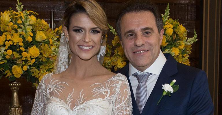 Beca Milano se casa em São Paulo
