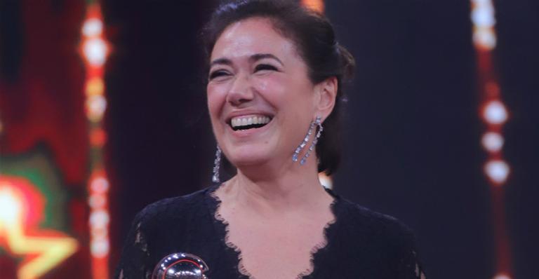 Lília Cabral comemora estréia da filha como atriz: