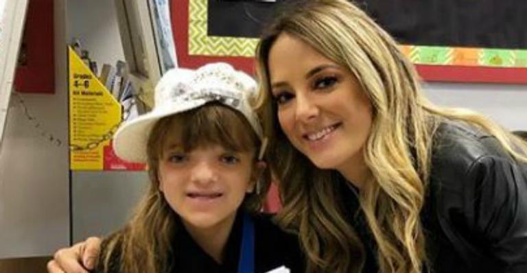Ticiane Pinheiro mostra Rafaella lendo em inglês na escola e se derrete