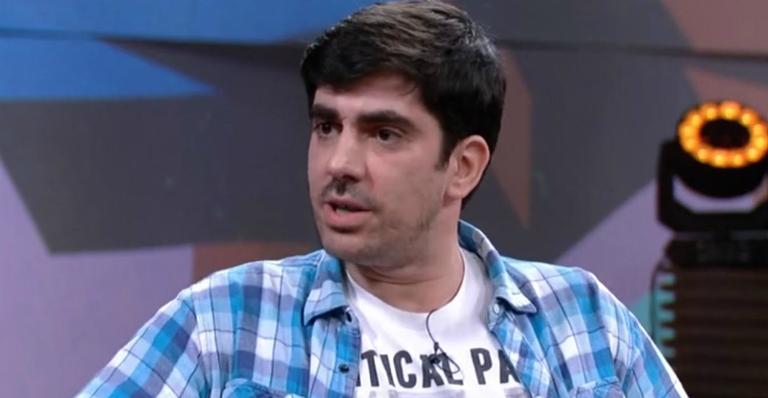 Marcelo Adnet reflete sobre imitações de presidenciáveis e relata ameaças