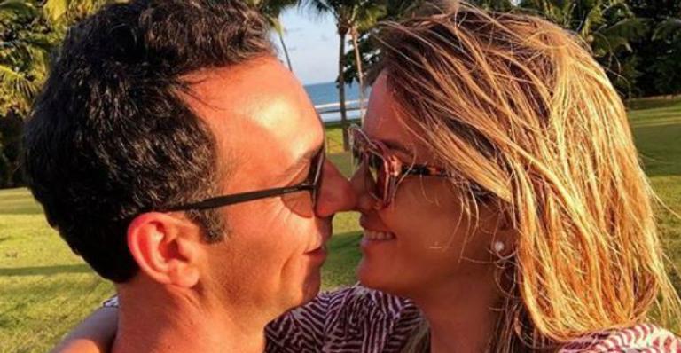 Ticiane Pinheiro e César Tralli trocam declarações de amor na web e encantam seguidores