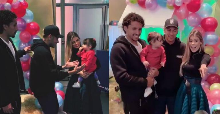 Neymar tenta pegar filha de companheiro da Seleção no colo e é zoado por amigos