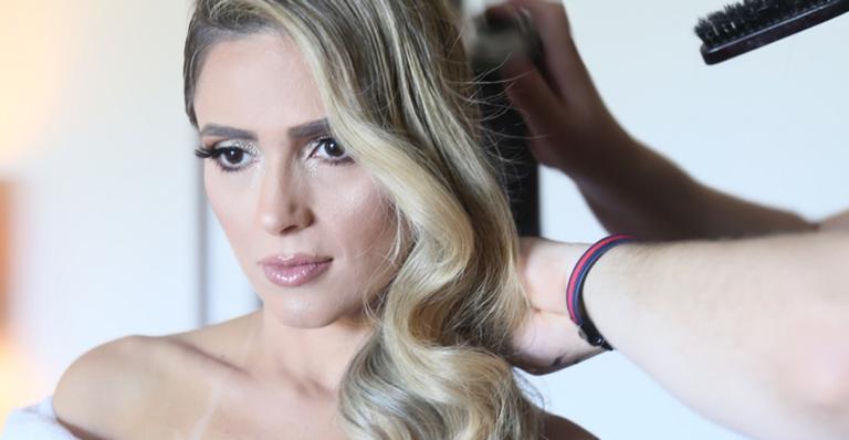Nadja Pessoa surge deslumbrante para o casamento de Nicole Bahls e Marcelo Bimbi