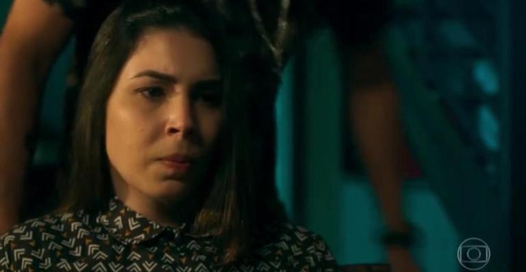 Agnese é a próxima vítima de Betina