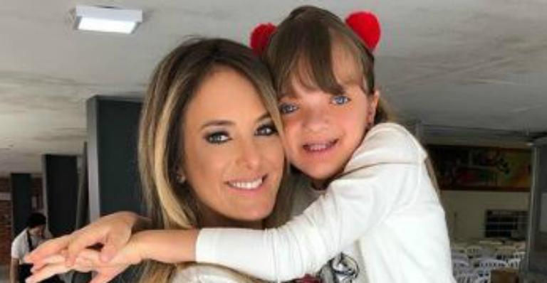 Tici Pinheiro revela reação da filha, Rafa Justus, após descobrir que terá uma irmãzinha