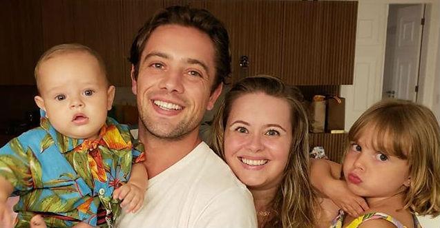 O ator apareceu em momento íntimo familiar e ganhou uma declaração da esposa, Mari Bridi