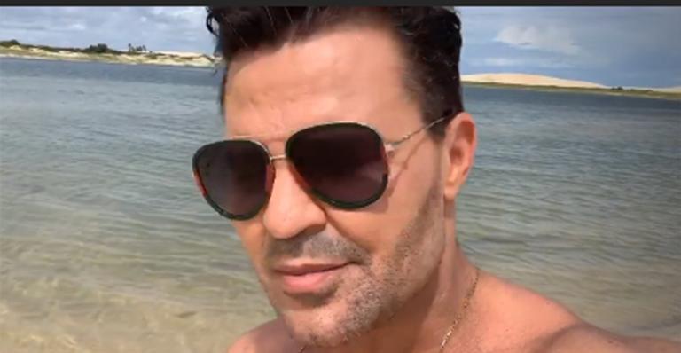 Cantor sertanejo ostenta com carro de luxo e preocupa os fãs com mensagem misteriosa