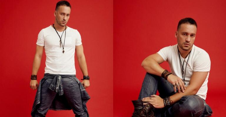 Aos 35 anos, Rodrigo se divide entre a carreira de ator e cantor