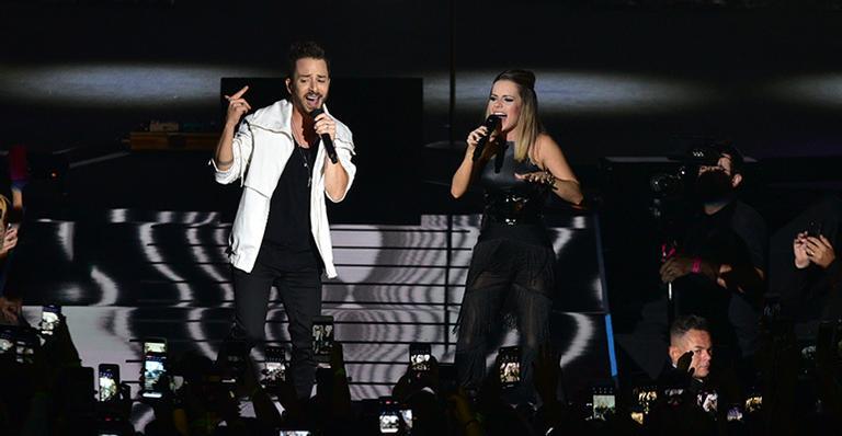 Irmãos emocionam com volta aos palcos e deixam os fãs com 'gostinho de quero mais'