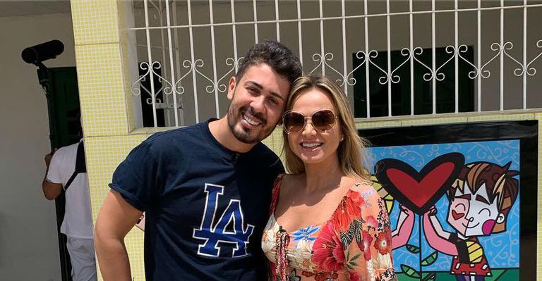 A apresentadora do SBT visitou a Vila em que o alagoano nasceu