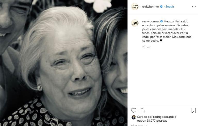 """William Bonner anuncia a morte da mãe com homenagem tocante: """"Partiu cedo"""""""