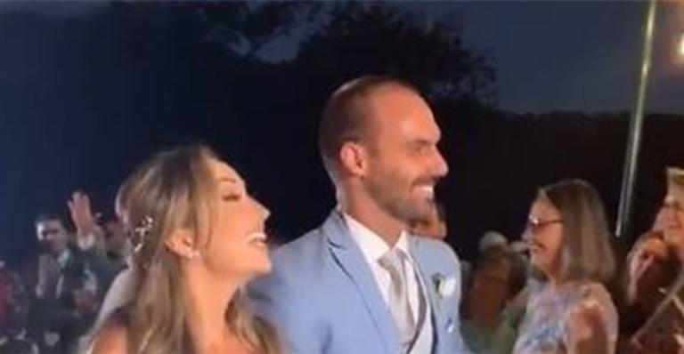 Eduardo Bolsonaro se casa em cerimônia luxuosa no Rio de Janeiro