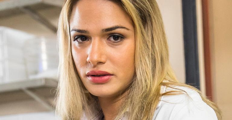 Novela mostrará transsexual ser agredida ao usar banheiro feminino