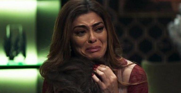 Maria da Paz vê a morte de personagem da novela após falhar em plano com Amadeu